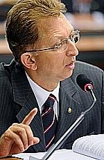 Prioridade de Dilma, combate ao crack é discutido na Câmara