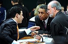 Dep. Bruno Araújo (PSDB-PE), dep. Gilmar Machado (PT-MG), dep. Eduardo Azeredo (PSDB-MG)