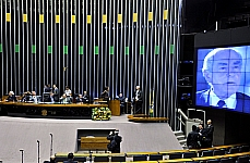 Sessão Solene para assinalar os 50 anos do Movimento da Legalidade e homenagear o Ex-Gov. Leonel Brizola