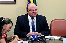 Dep. Cândido Vaccarezza (líder do governo)