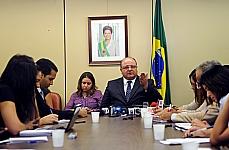 Coletiva concedida pelo líder do governo Cândido Vaccarezza (PT-SP)