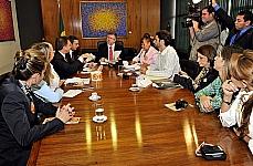 Presidente Marco Maia recebe o deputado Ricardo Izar e integrantes da Frente Parlamentar em Defesa dos Animais