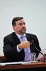 Paulo Pimenta: Constituição não é clara sobre autonomia financeira dos poderes.