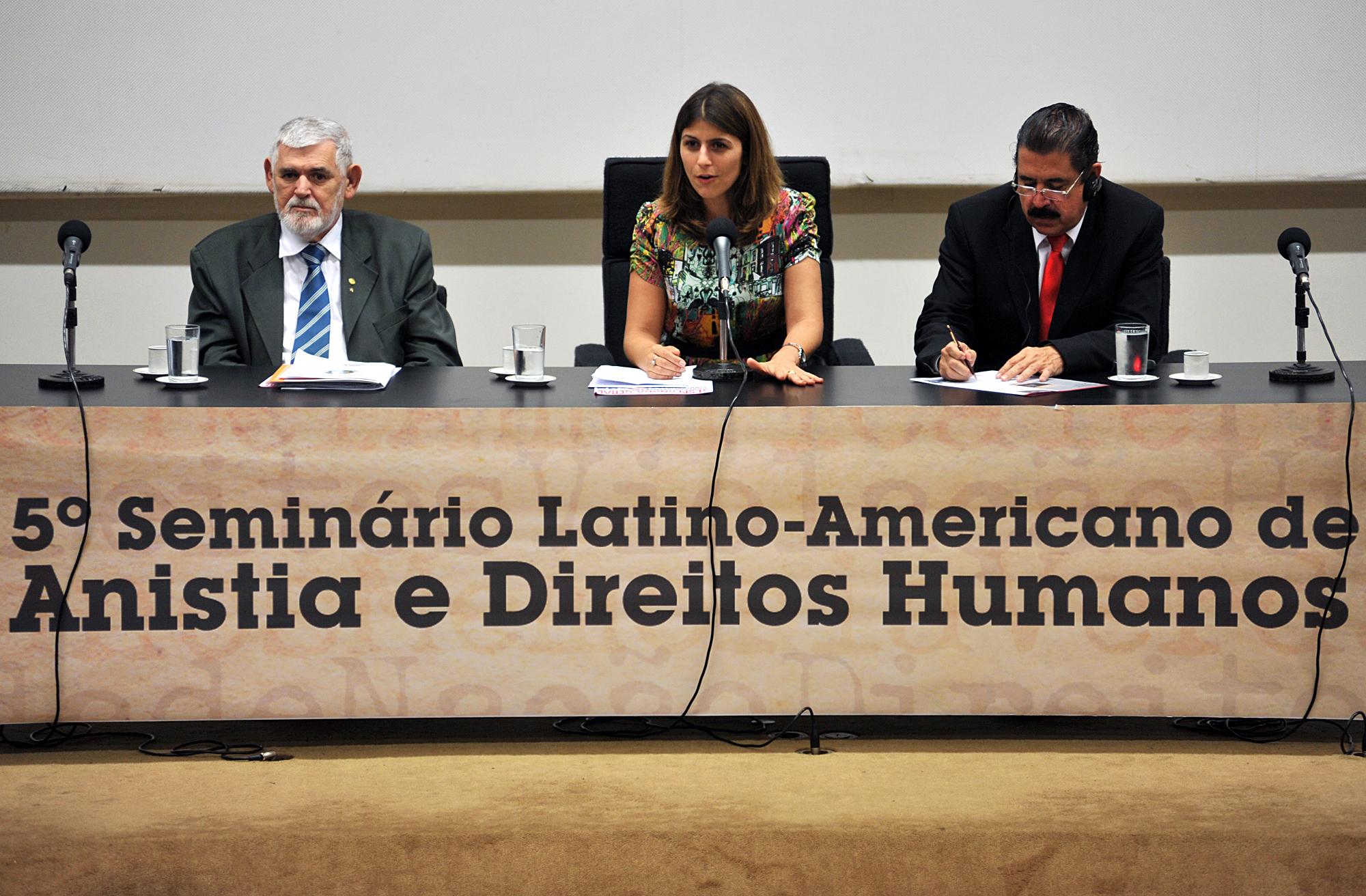 http://www.camara.gov.br/internet/bancoimagem/banco/20111018112543_20111018_004BO_DA.jpg