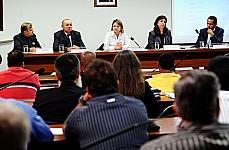 Audiência Pública. Tema: A situação do transporte público na região metropolitana de Brasília, incluindo a região do entorno. (REQ 137/11, Flávia Morais)