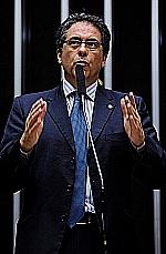Carlos Zarattini