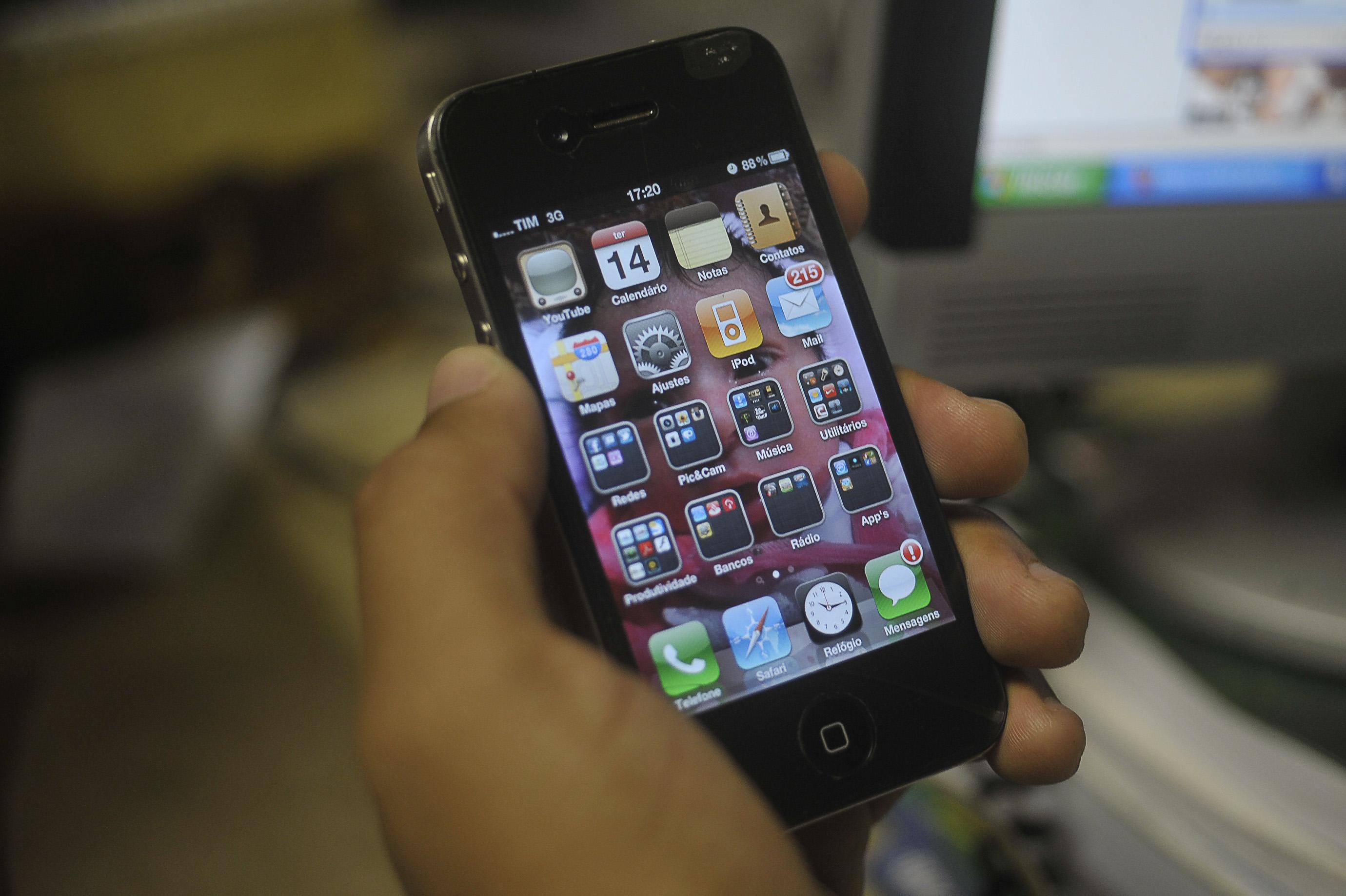 Comunicação - Telefonia - Aparelho celular - Smartphone
