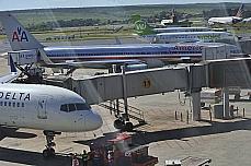 Transporte - Aviação - Avião - Aeroporto de Brasília