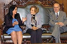 Rose de Freitas, presidente em exercício da Câmara dos Deputados, Sylvia Earle, pesquisadora da National Geographic, José Sarney, presidente do Senado, durante encontro no Senado Federal