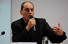 Renato Malcher Lopes  (professor adjunto do Departamento de Fisiologia da UnB)