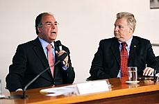 Fernando Bezerra (ministro da Integração Nacional) e dep. Edmar Arruda (PSC-PR)