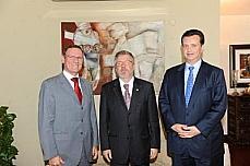 Marco Maia com os prefeitos de Vitória, João Coser, e de São Paulo, Gilberto Kassab.
