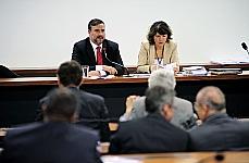 Reunião Ordinária. Dep. Paulo Pimenta (presidente da CMO)