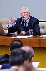 Sérgio Francisco Piola (médico-sanitarista e coordenador da área de saúde do IPEA)