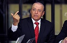Sen. Antonio Carlos Valadares (relator da CMO) em coletiva