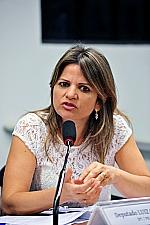 Flávia Morais