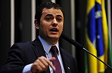 Glauber Braga