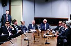 Reunião para discutir propostas Legislativas. dep. Sandro Alex (PPS-PR), dep. Zeca Dirceu (PT-PR), Nelio Botelho (Movimento União Brasil Camioneiro), dep. Vilson Covatti (PP-RS), Dep. Nelson Marquezelli (PTB-SP), dep. Valdir Collato (PMDB-SC), dep. Francisco Aaújo (PSD-RR) e dep. Celso Maldaner (PMDB-SC)