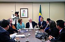 Reunião de lideres da base aliada com a ministra Ideli Salvati