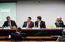 Subcomissão Especial destinada a acompanhar e propor medidas e ações relacionadas à reforma regulatória do transporte