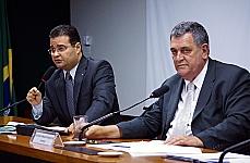 Reunião Ordinária - dep. Fábio Trad (relator), dep. Arnaldo Faria de Sá (presidente)