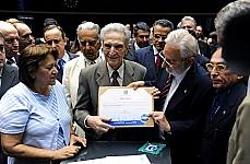 Homenagem e Devolução Simbólica dos Mandatos dos Deputados Federais Cassados por Atos de Exceção entre 1964 e 1977