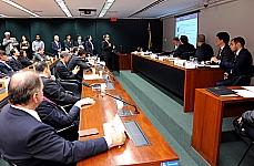 Audiência pública sobre o andamento dos projetos do PAC-2 (Ferrovias, atual estágio do projeto de implementação do Trem de Alta Velocidade (TAV) e o novo marco regulatório do setor ferroviário