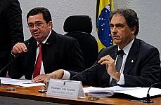 Câmara - comissões - Presidente e relator da comissão da MP 592/12, sen. Vital do Rêgo e dep. Carlos Zarattini. Reunião no dia 16/04 para apreciar o relatório.