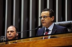 Comissão Geral sobre a temática da seca. Presidente da Câmara, dep. Henrique Eduardo Alves (PMDB-RS)