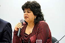 Audiência pública para discutir os critérios de correção das Redações do Exame Nacional do Ensino Médio (ENEM) 2012. Diretora-presidente da ABAQUAR - Consultores e Editores Associados , Gisele Gama Andrade