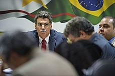 Senador Romero Jucá se reúne com representantes de centrais sindicais