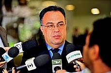 Andre Vargas: 'É hora de reflexão, de aprender com os movimentos e ver o que é possível fazer no Parlamento'