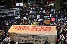 Manifestação em favor do passe livre.