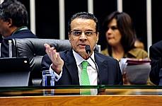 Ordem do Dia. votação do  REQ 8100/2013 => PDC 234/2011. Presidente da Câmara Henrique Eduardo Alves