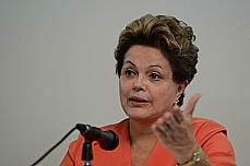 Autoridades - Presidente Dilma Rousseff fala sobre o plebiscito. 1º/07
