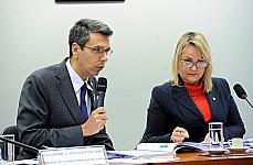 Audiência pública para discutir o sistema socioeducativo para menores infratores. Representante do Ministério da Justiça, Guilherme Calmon Nogueira da Gama