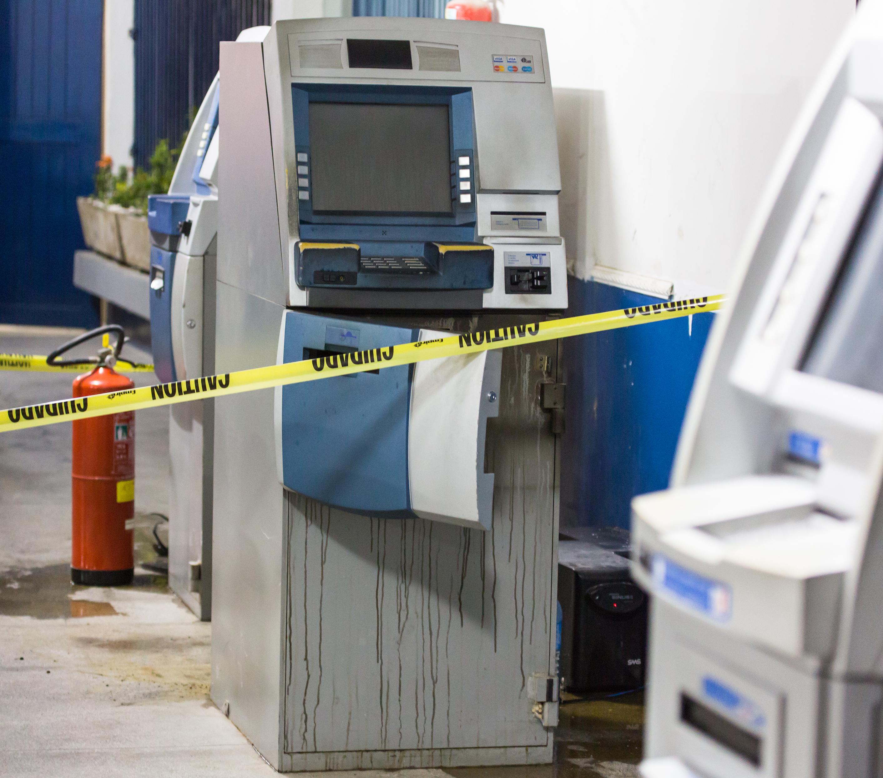 Segurança - Violência roubo furto explosão caixa eletrônico dinamite