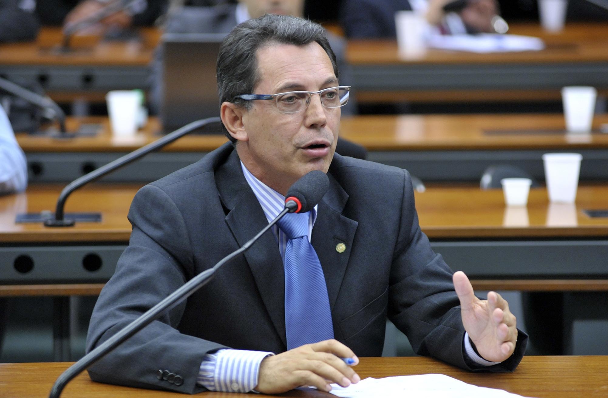 Audiência pública para debater novas Implantações de Campus de Ensinos Superiores Federais no Sistema de Educacional do País. Dep. Ezequiel Fonseca (PP-MT)