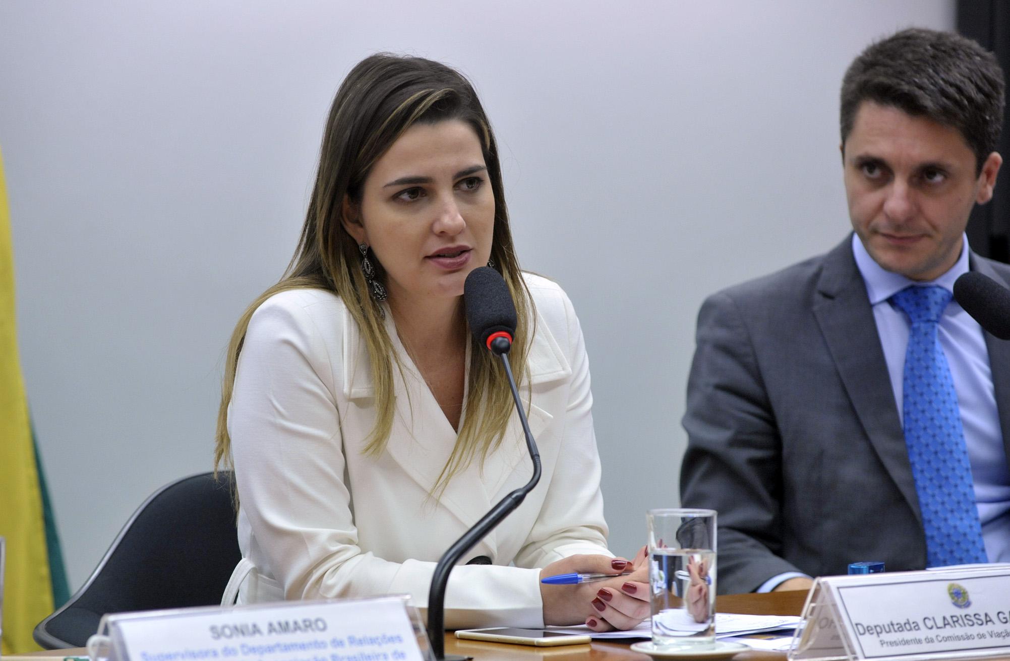 Deputados A - C - Clarissa Garotinho