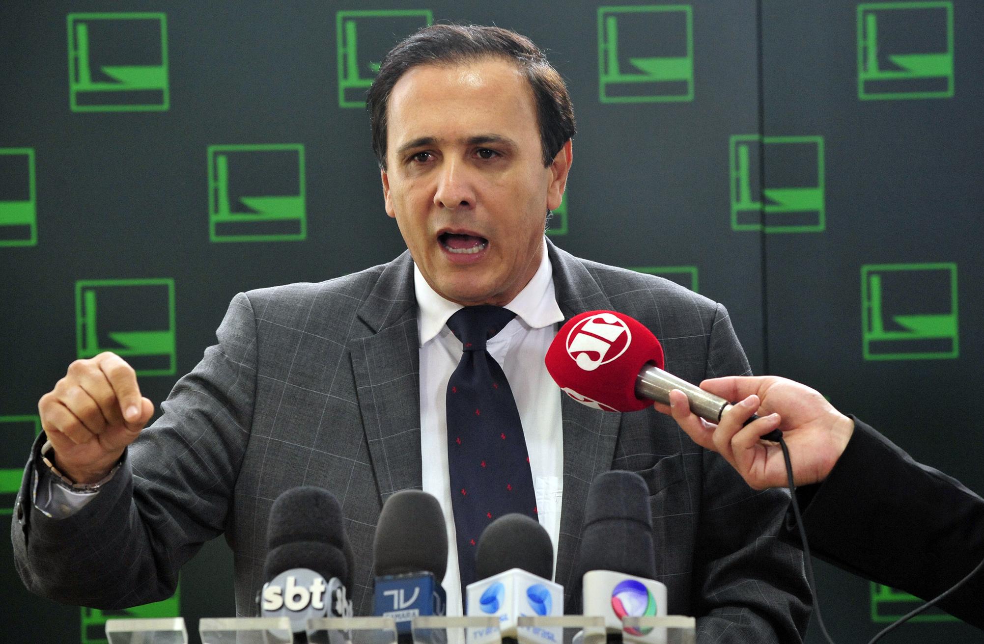 Coletiva de Imprensa no Salão verde com dep. Carlos Henrique Gaguim (PTN/TO) sobre sua candidatura a presidência da Camara dos Deputados