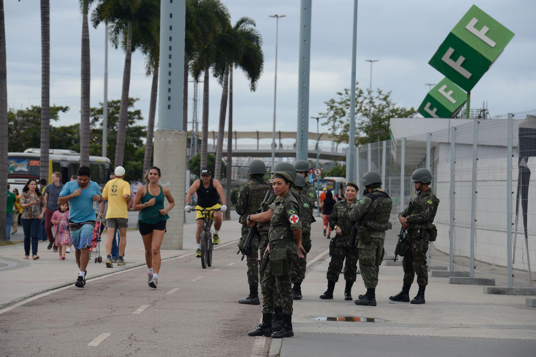 Segurança - forças armadas - Exército nas ruas segurança pública reforço Rio de Janeiro tropas soldados