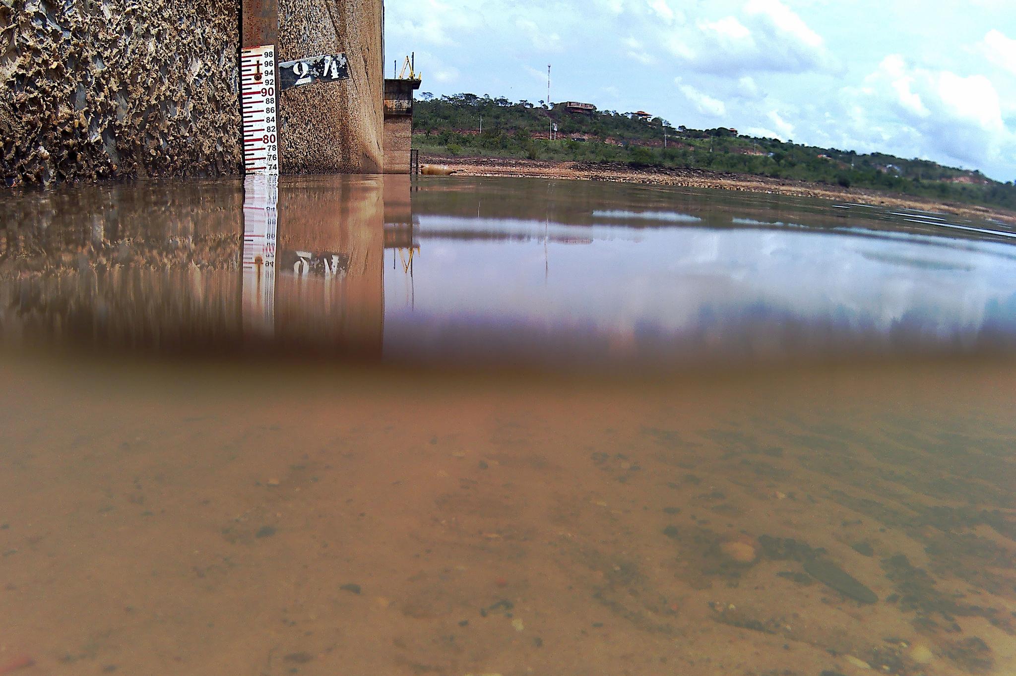 Meio Ambiente - água - crise hídrica escassez reservatório Descoberto DF seca chuvas