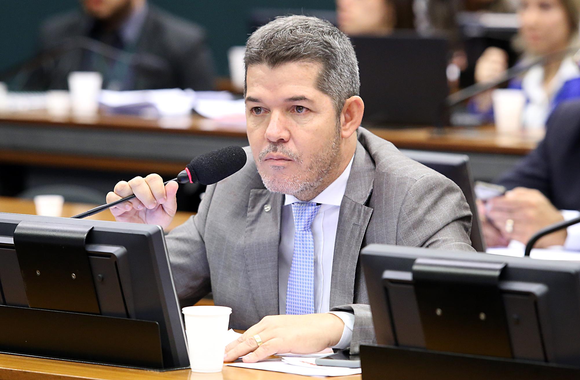 Audiência Pública. Dep. delegado Waldir (PSDB-GO)