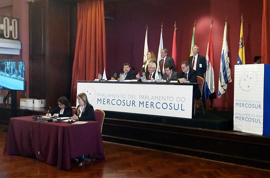 Relações Exteriores - Mercosul - Reunião do Parlasul em Montevidéu