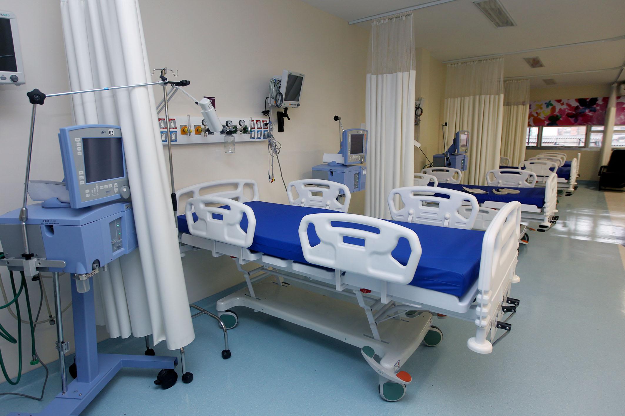 Saúde - hospitais - leitos UTI tratamentos intensivos internações hospitalares vagas pacientes