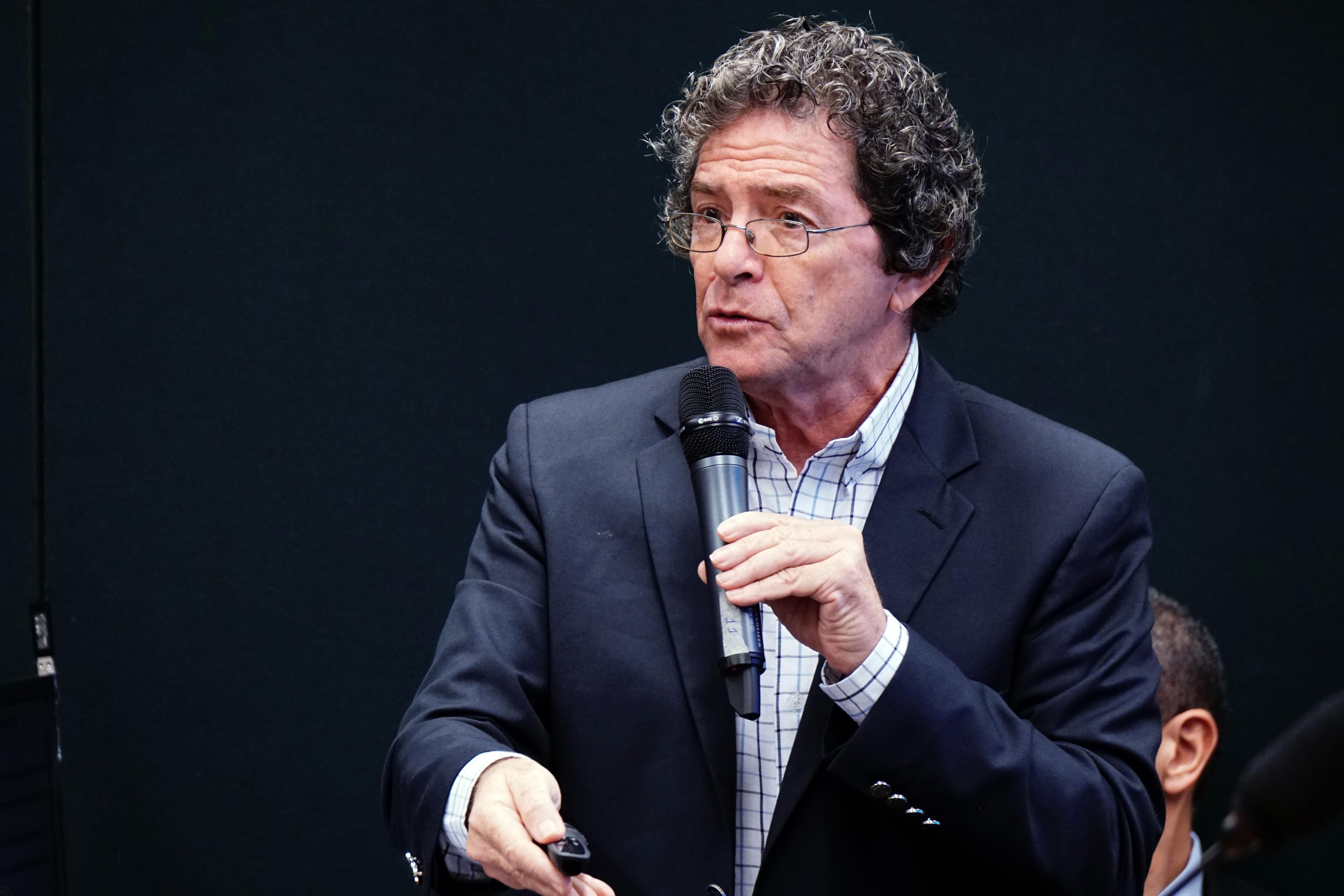 Audiência Pública. Presidente da Sociedade Brasileira para o Progresso da Ciência, Ildeu de Castro Moreira