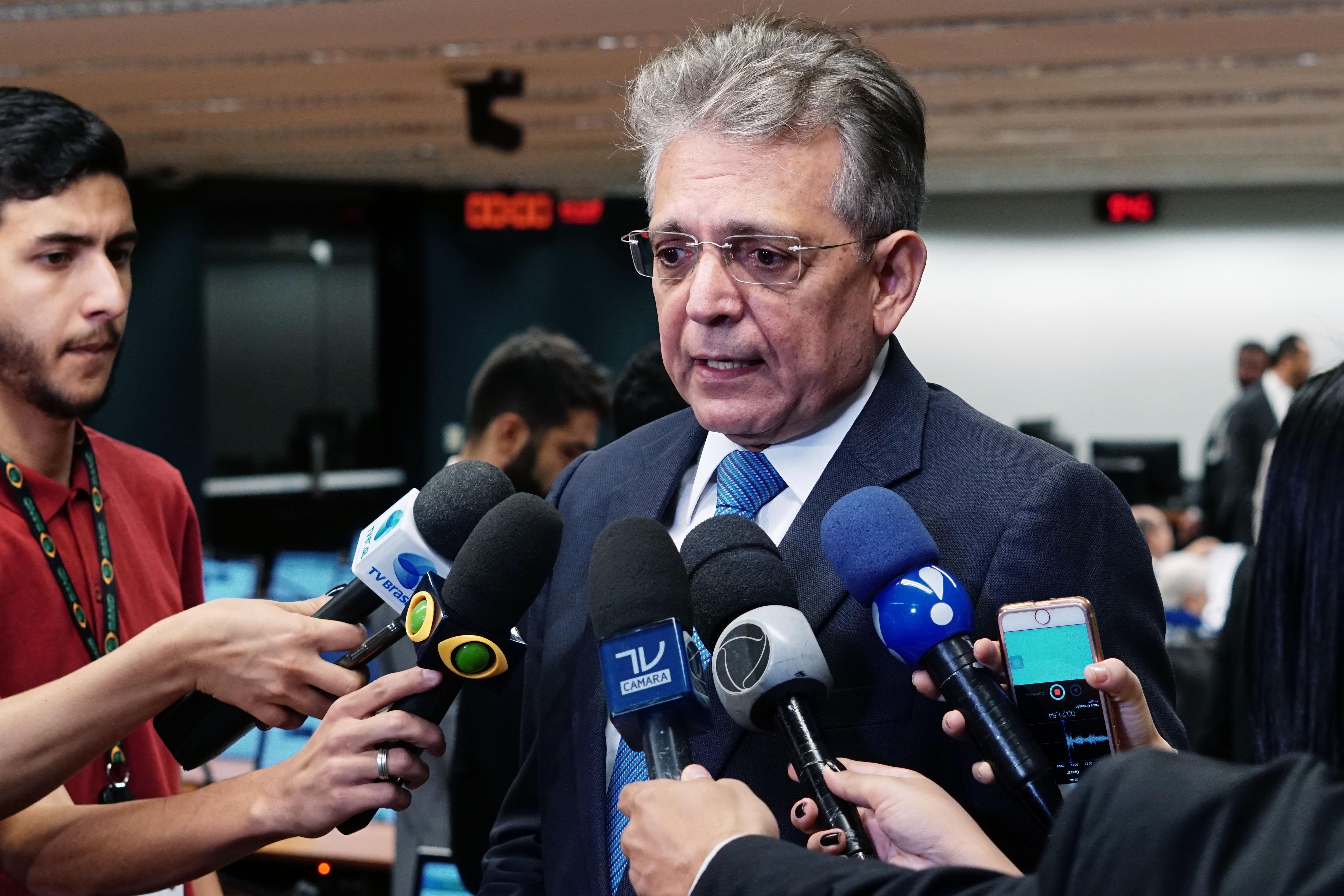 Dep. Pauderney Avelino (DEM - AM) concede entrevista