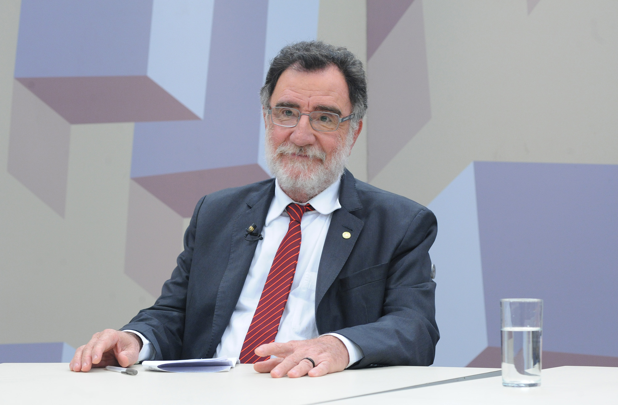 O Expressão Nacional desta semana debate sobre as Mudanças na reforma trabalhista. Deputado Patrus Ananias (PT-MG)