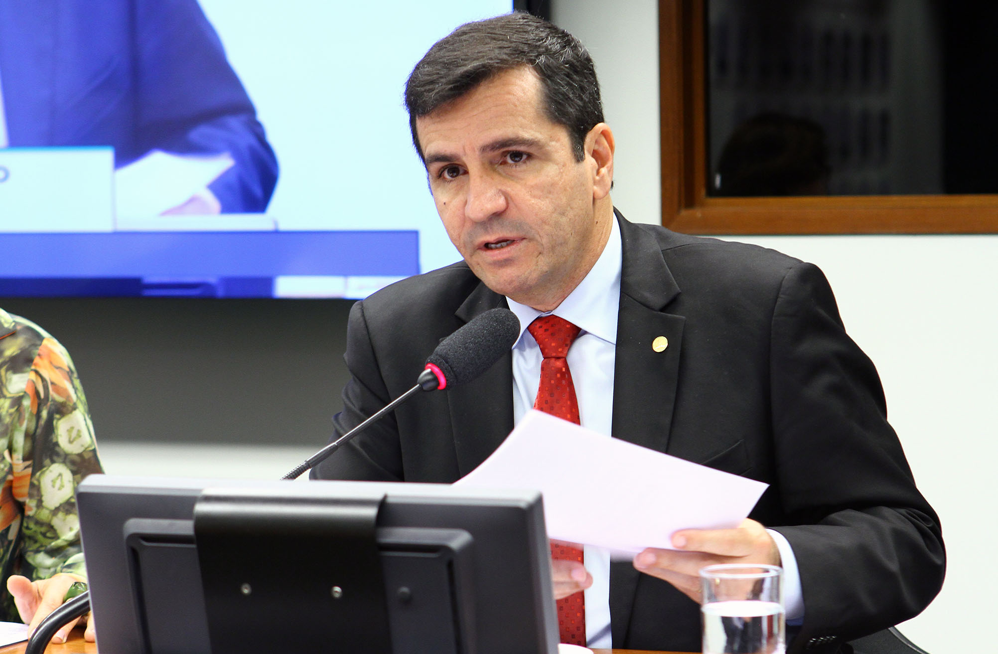 Audiência pública para discutir o elevado preço dos combustíveis no país. Dep. Givaldo Vieira (PT - ES)