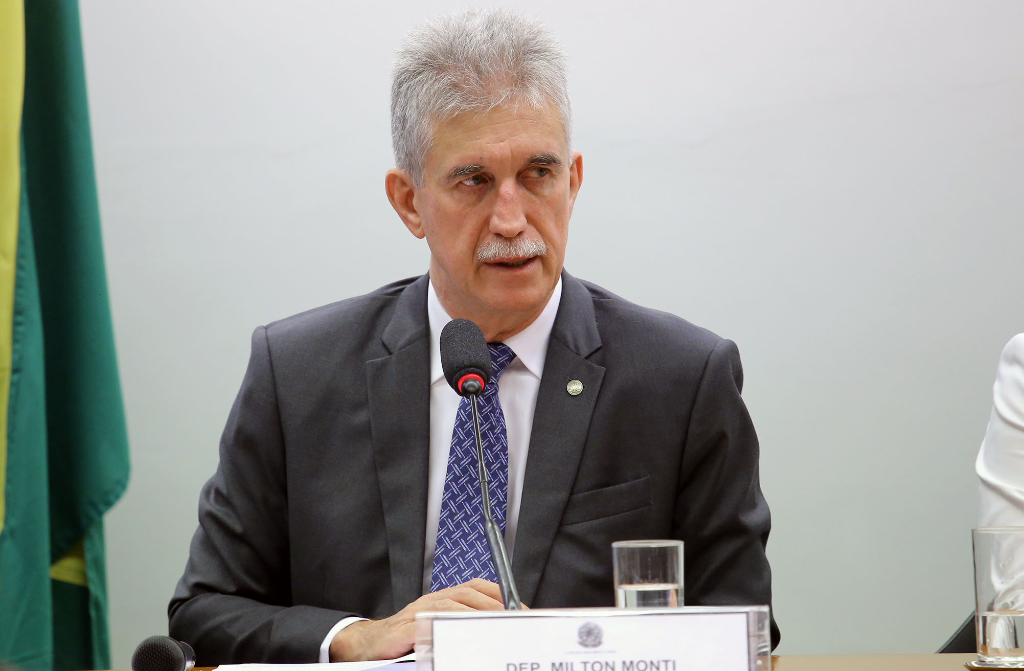 Audiência pública para discutir a situação dos familiares e amigos das vítimas do voo da Chapecoense. Dep. Milton Monti (PR - SP)